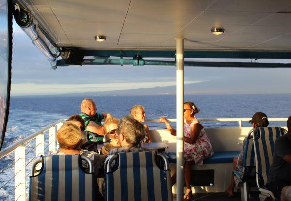 calypso sunset dinner cruise passengers