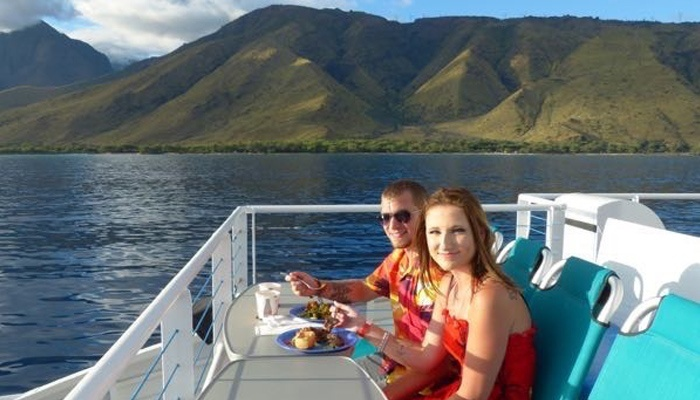 maui-activities-calypso-dinner-cruise